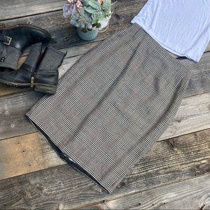 Vintage Houndstooth Plaid 100% Wool Pencil Skirt